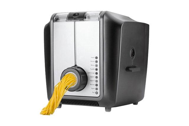 Machine à pâtes électrique Luxe : des pâtes fraîches sans effort !
