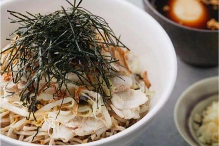 nouilles-au-caramel-nouille-caramel-tanoshi-nouilles-sautees-vinaigre-de-riz-poulet-au-caramel-wok-accompagnement-nouilles-chinoises-nouilles-sautees-soja-nouilles-sautees-legumes-recette-asiatique-wok-cuisine-asiatique-wok-nouilles-sautees-poulet-ramen-soba-farine-sarrasin-nouilles-de-riz-meilleure-machine-a-pate